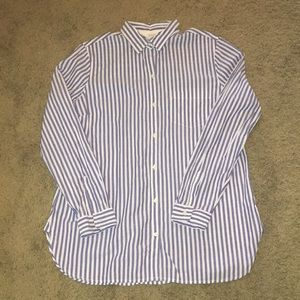 EUC Old Navy blue/white striped classic button up